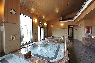 湯楽の里 横須賀温泉(日帰り温泉施設)