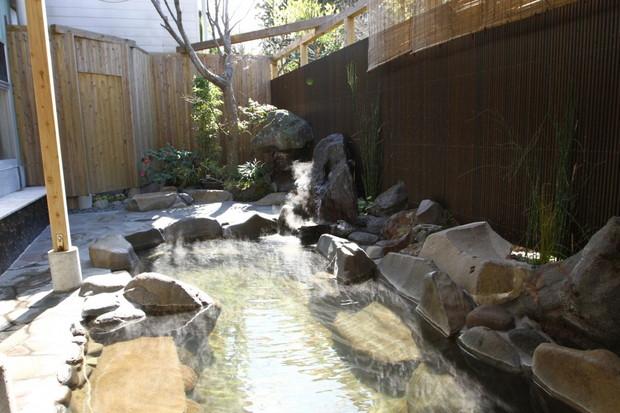 岩戸温泉(いわとおんせん)