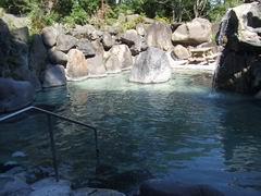 赤倉温泉大野天風呂滝の湯