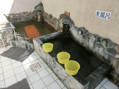 湯 竜泉 流山 の 寺